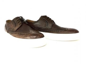 Sneakers in vitello brandy