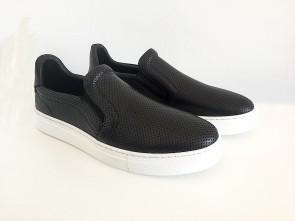 Sneaker slip on in vitello nero